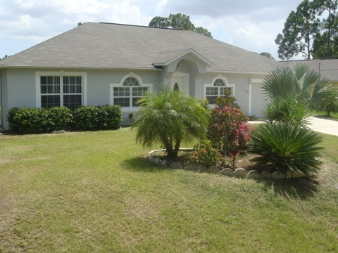 Furnished 3 4 bedroom 2 bath for rent in north port florida snowbird resources for Three bedroom two bath for rent